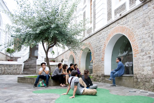 ciudaddecruces-dia4(2)-Visita-Centro-de-Arte-Contemporáneo